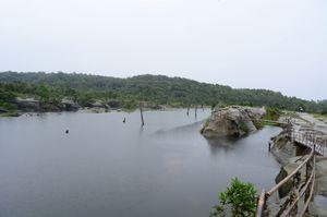 Umkhakoi lake 1/14 by Tripoto