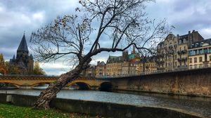 Metz 1/undefined by Tripoto
