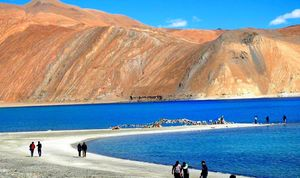 Memorable trip to Pangong Tso – A slice of heaven