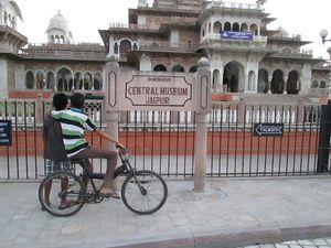 Jaipur - The Land of Maharajas !!