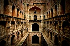 Agrasen ki baoli - Mysteries revelead about PK's home