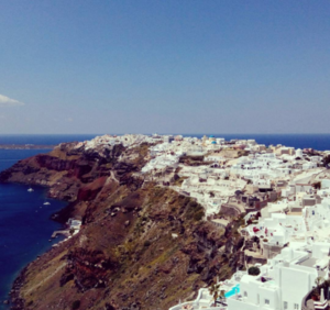 Ever wondered what a luxury vacation in Santorini looks like?