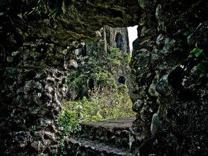 Cagsawa Ruins Park 1/1 by Tripoto