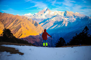 The DIY trek to Tali lake top en-route Kuari pass is a frozen spectacle at 11480 feet