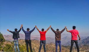 Chandigarh-Shimla-Manali-Rishikesh-Varanasi. 5 people. 3 adventure sports. ₹25k per person.