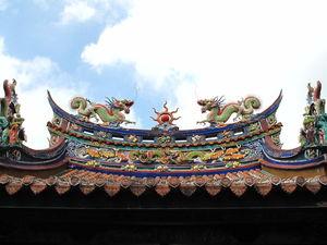 Longshan Temple 1/4 by Tripoto