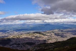 Teleferico Quito 1/1 by Tripoto