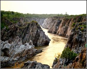 Dhuandhar Falls 1/undefined by Tripoto