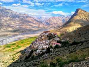 When art of man is adorned by Nature . @Tripotocommunity #BestTravelPictures #HimachalPradesh
