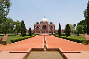 Top Places & Attractions To Visit in Delhi