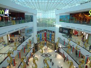 LuLu Mall Kochi 1/1 by Tripoto