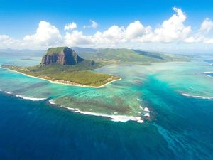Scientists Have Discovered A New Continent In Indian Ocean, And It Seems Like A Paradise Of Tragedy