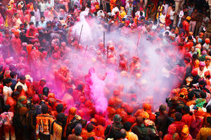 You Don't Know True Fun Till You've Celebrated Holi on the Banaras Ghats: Pack Your Bags and Leave!
