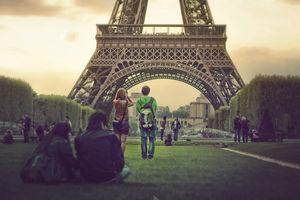 My Incredible Parisian Honeymoon Story Where More Spending Led To More Saving!