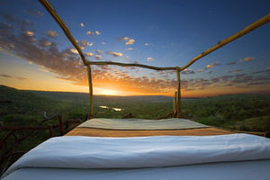 7 luxury hotels where you can sleep under the stars