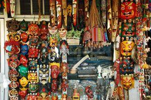 Janpath Market 1/9 by Tripoto