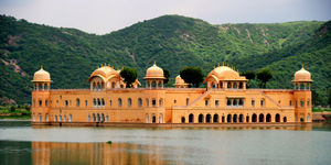 Jaipur : The Pink City