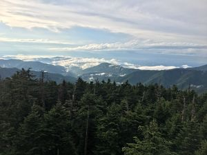Clingmans Dome: Visit the Highest Point in the Smoky Mountains. #travelguideUSA