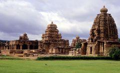 Jain Temple Pattadakal 1/8 by Tripoto