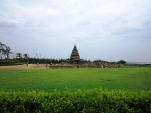 Shore Temple 1/undefined by Tripoto