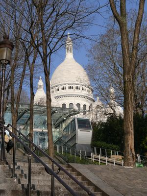 Montmartre Funicular 1/1 by Tripoto