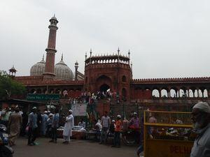 A Food Walk Through the Alleys of Delhi 6