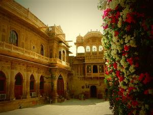 Mandir Palace 1/2 by Tripoto