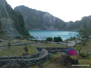 Mount Pinatubo 1/5 by Tripoto