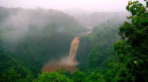 Dabhosa - Pristine waterfall less frequented