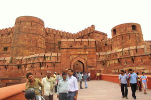 An Epitome Of Mughal Architecture -Agra Fort