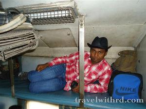 न की हेराफेरी जिसने दिया हमें पहली उड़ान का आपातकालीन मौका..मौका...(Goa Part I) - Travel With RD