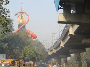 Jhandewalan Mandir 1/7 by Tripoto