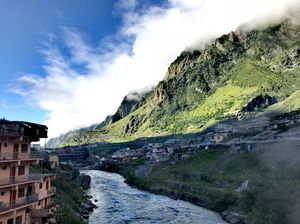 A Nature's Canvas Painted with Spirituality: Valley of Flowers, Hemkund Sahib & Badrinath