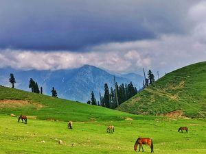 कश्मीर - गर जन्नत है ज़मीन पे कहीं, यहीं पे है हमीनस्तो I