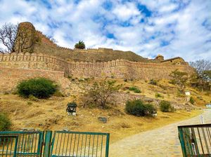 Kumbhalgarh Fort - Mighty Fort with Second Largest Walls in the World!!