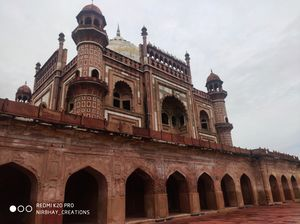 Where to go in Delhi on Weekends- Safdarjung Tomb,another beautiful architecture by Mughals