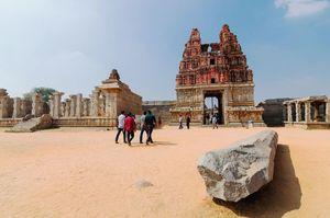 Hampi - The Remains of The Vijayanagar Empire (Photo Story)