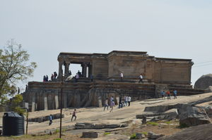 Shravanabelagola - A pleasant ride to the lanes of history.