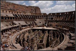 Anfiteatro Flavio - Colosseo 1/2 by Tripoto