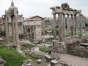 Roman Forum 1/7 by Tripoto