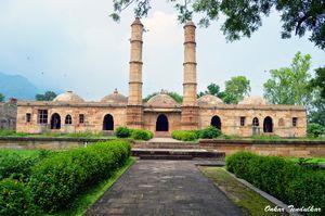 Shehar Ki Masjid 1/4 by Tripoto