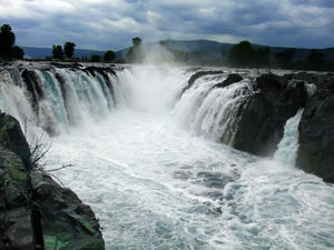 10 most amazing waterfalls in India you should visit this monsoon!