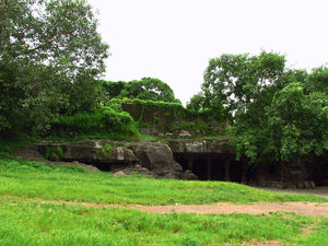 Revisit history with these five 1000+ year old caves in Mumbai!