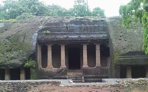 Jogeshwari Caves 1/undefined by Tripoto