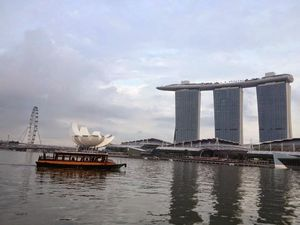 Singapore in 3 days|Around Singapore in $330|Not Just Travelling