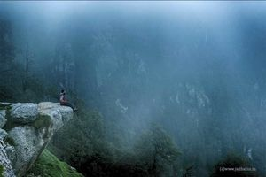 Triund Trek: Stay in clouds in just 4500 rupees