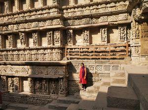 Arrived at Ahmedabad... must visit 'Rani ki Vav' in Patan..