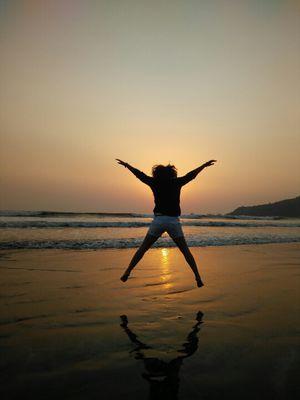 Celebrating Holi at the dazzling Shrivardhan and Harihareshwar beaches