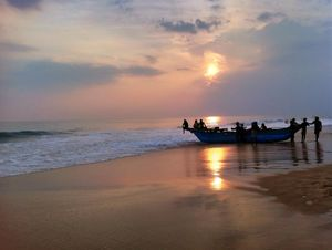 Sri Lanka: Sweet Kandy & Sunny Hikkaduwa