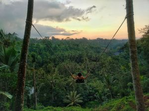 This is How You Can Fly and Experience a Rush in Bali